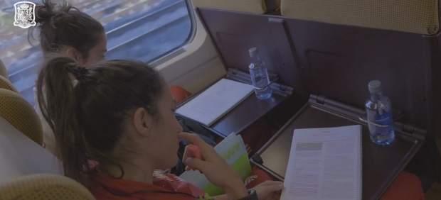 Las jugadoras de la Roja aprovechan los viajes para estudiar
